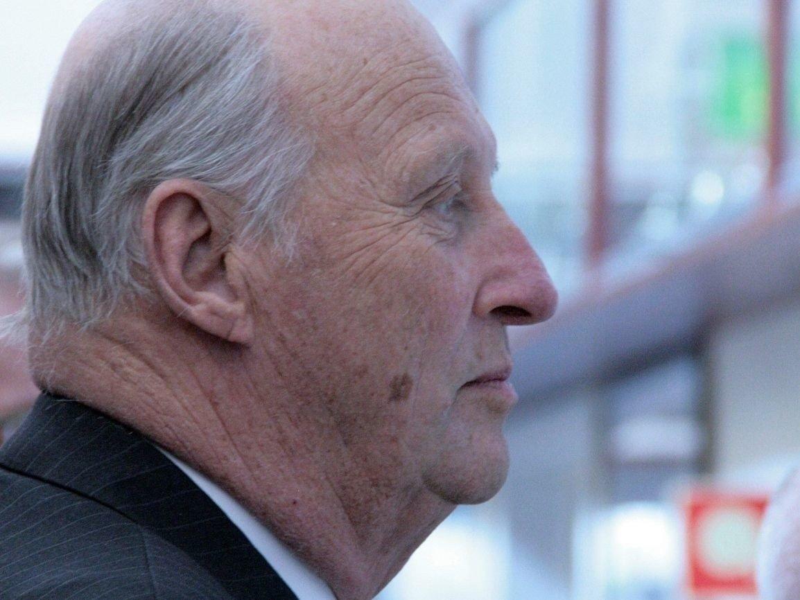 H.M. Kong Harald kondolerer til den franske presidenten.