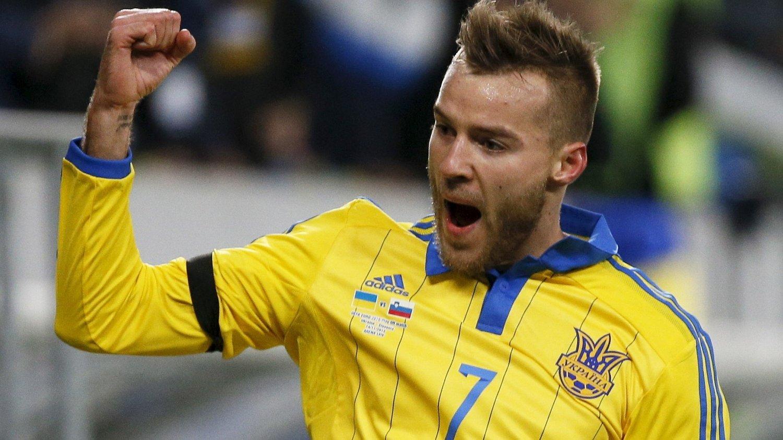 SCORET: Andriy Jarmolenko sendte Ukraina i ledelsen da han scoret etter 23 minutter mot Slovenia.