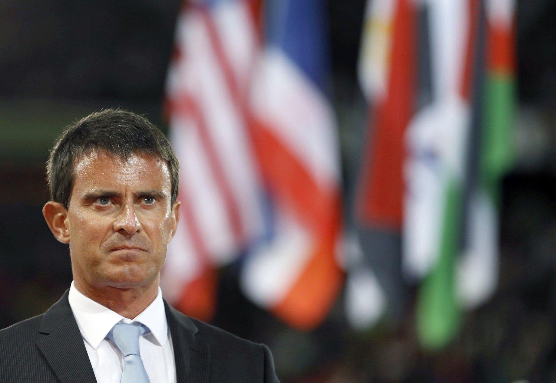 - Vi er i krig, og siden vi er i krig vil vi handle, gå til angrep og vinne, sier Frankrikes statsminister Manuel Valls.