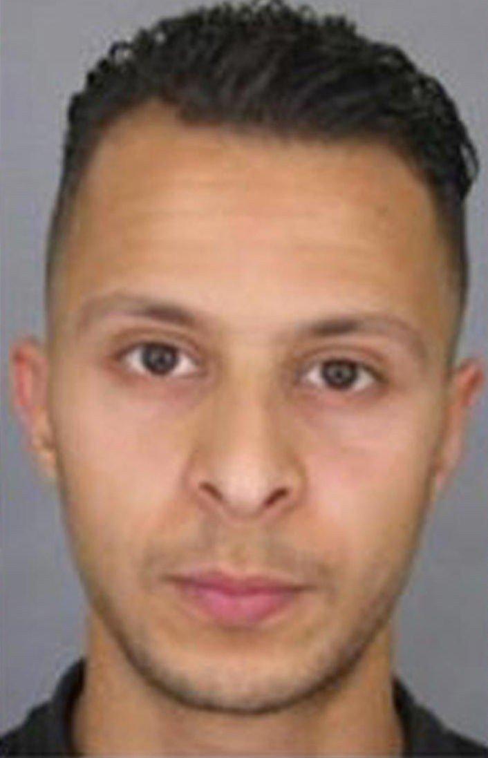 Belgiske medier tilbakeviser meldingen om at Salah Abdeslam, som skal ha vært den eneste av de åtte terroristene som overlevde angrepene i Paris fredag, er pågrepet.