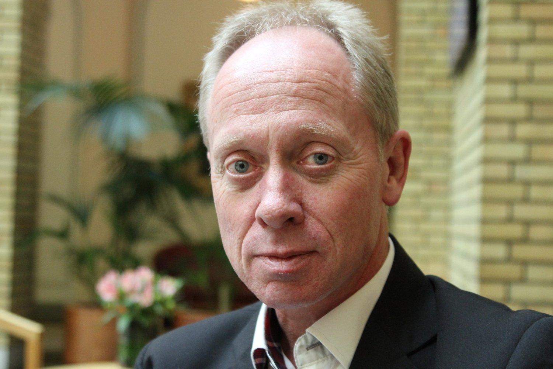 Medlem av Stortingets justiskomité, Jan Arild Ellingsen (Frp), åpner for å gå nye veier.