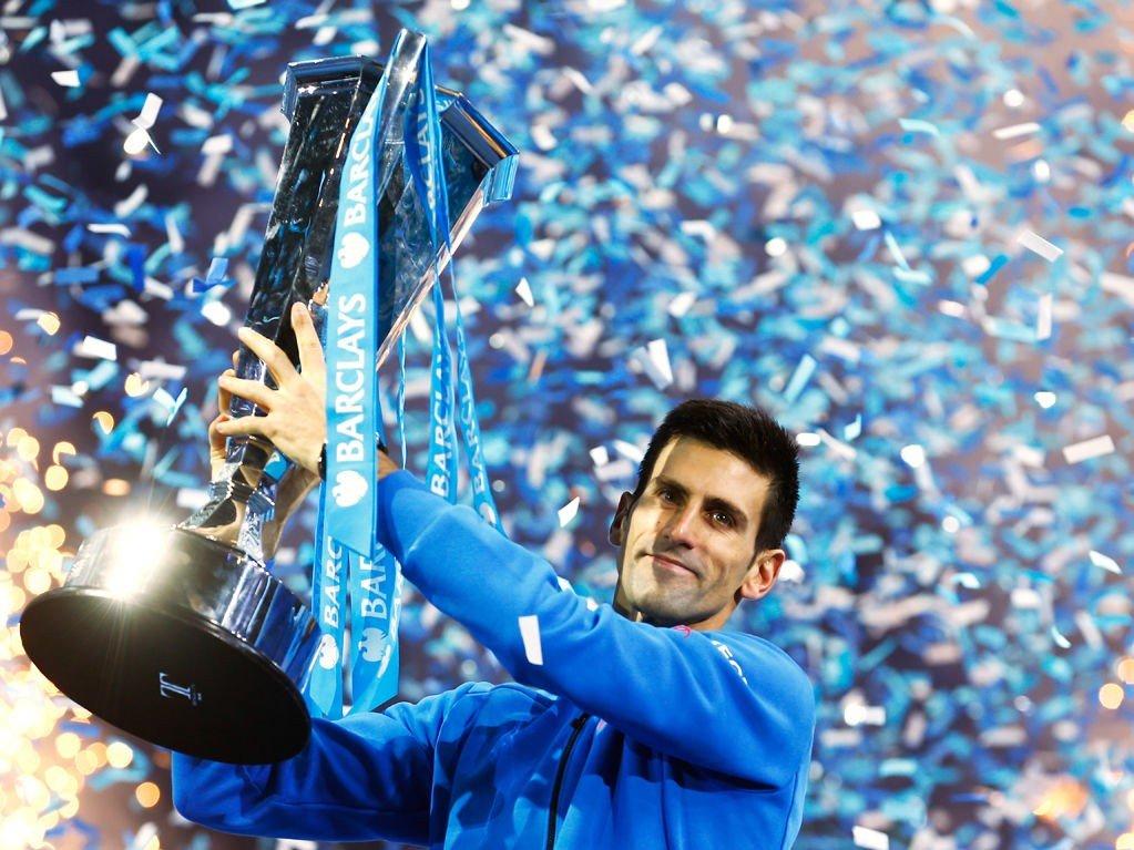 BEST IGJEN: For fjerde gang på rappen stakk verdensener Novak Djokovic av med trofeet i sesongens siste tennisturnering.