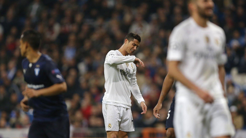 IRRITERT: Cristiano Ronaldo skal ha blitt sint da Rafa Benitez ville endre frisparkteknikken hans.