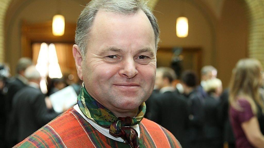 Stortingspresident Olemic Thommessen (H) klarer ikke å følge sine egne regler.