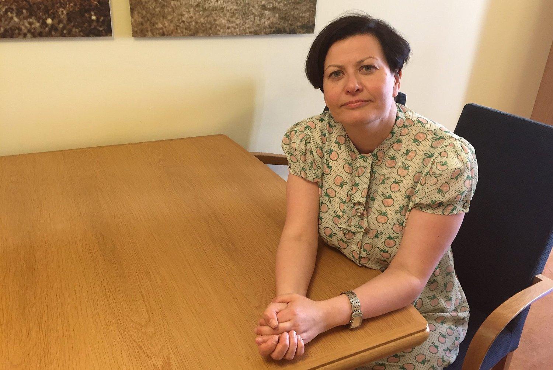 BEKYMRET: Innvandringspolitisk talskvinne i Arbeiderpartiet (Ap) Helga Pedersen mener regjeringen ikke gjør nok for å hindre utviklingen av parallellsamfunn i Norge - på lang sikt.