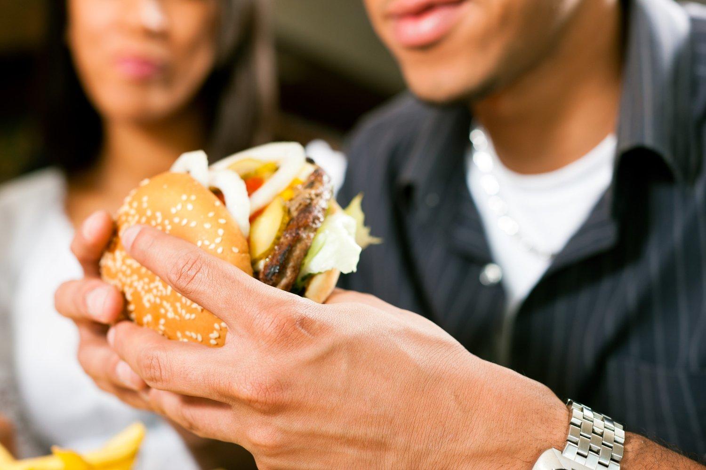 En amerikansk studie har påvist spor av menneske- og rotte-DNA i hamburgere. 258 hamburgere ble undersøkt i testen.