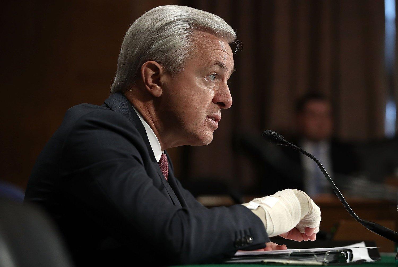 WELLS FARGO og administrerende direktør John Stumpf måtte forklare seg for Senatet i USA denne uka.