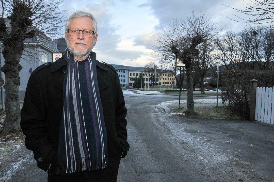 FORSVARER: Advokat Borgar Veiding på Notodden forsvarer den drapssiktede 22-åringen. (Foto: Ørnulf Holen)