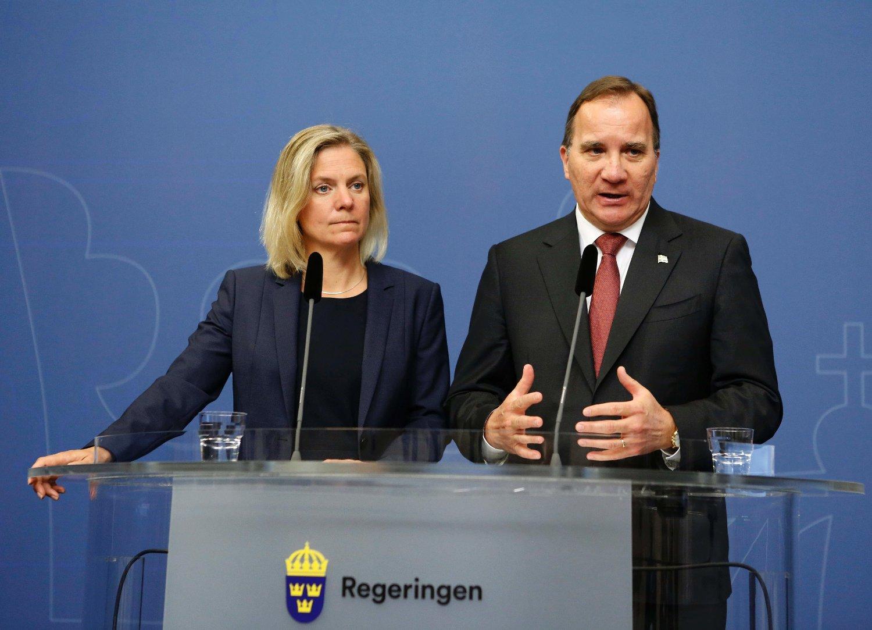 33 MILLIARDER FEIL: Den svenske regjeringen slo alle rekorder i å bomme på budsjettet. Heldigvis bommet de riktig vei, og satt igjen med 10 ganger mer i regnskapet enn de hadde forventet. Her representert med statsminister Stefan Löfven og finansminister Magdalena Andersson.