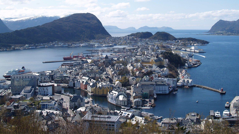 INGEN VENNER: Norge scorer bra på pent landskap og gode opplevelser, men det er vanskelig å få venner her.
