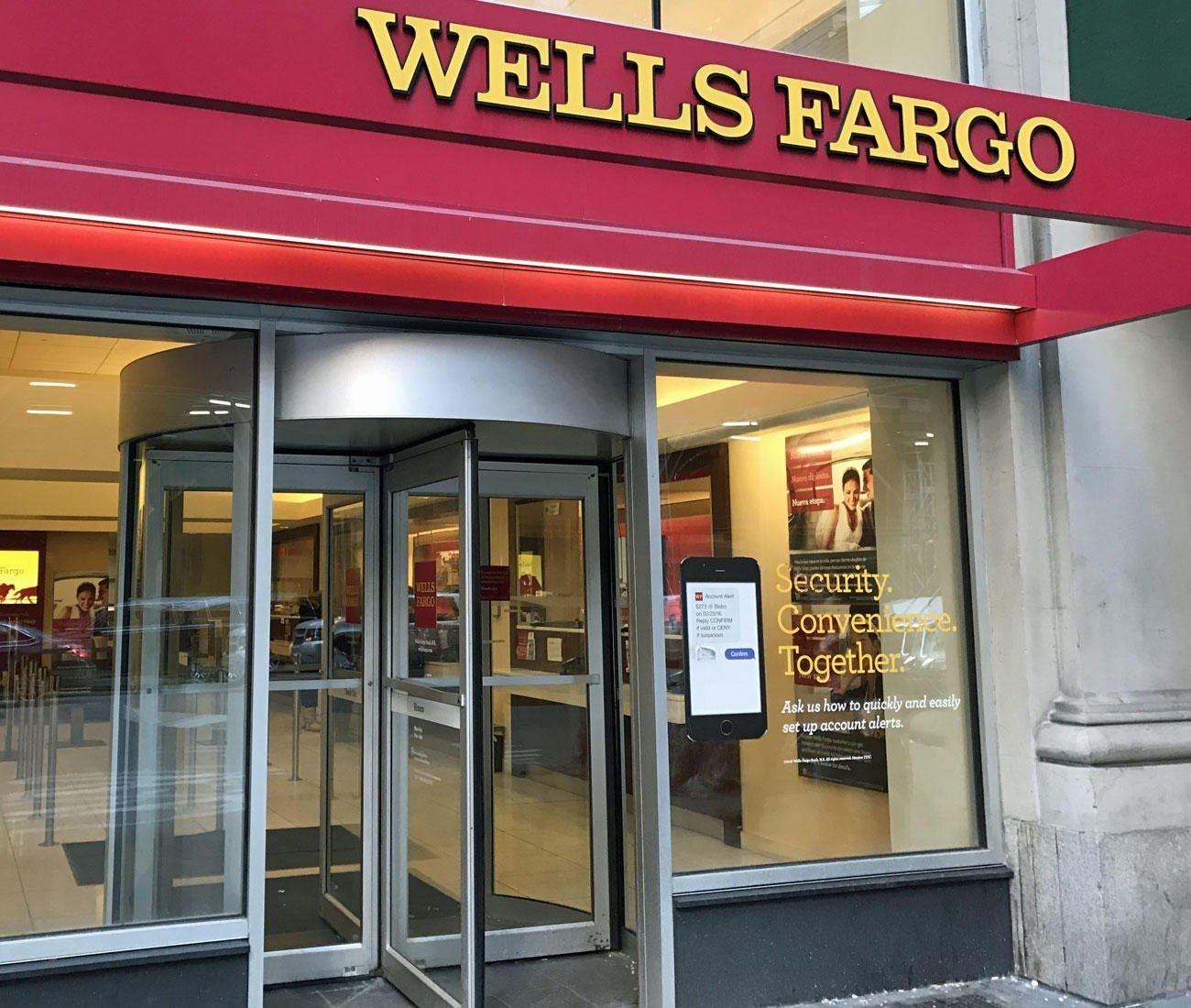 WELLS FARGO og finanssektoren gikk opp i kurs tirsdag.