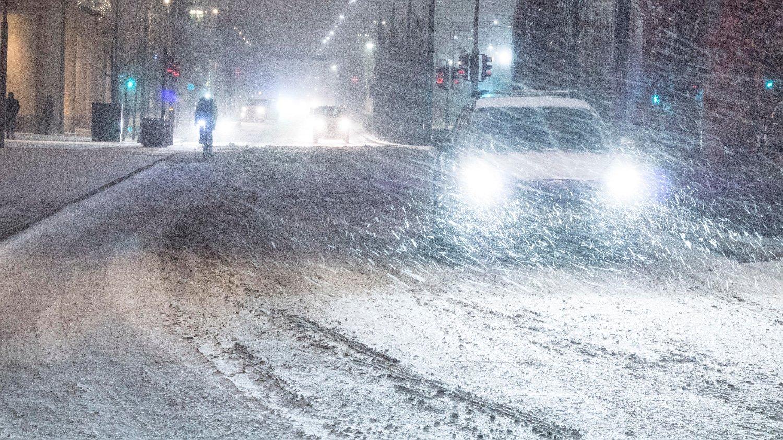 PÅFYLL: Etter en lang vinter med mye snø, blir det denne uka påfyll av mer snø på Sør- og Østlandet.