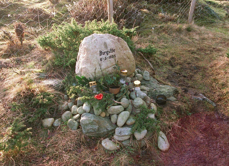 Minnestein på stedet hvor Birgitte Tengs ble drept. Foto: Alf Ove Hansen, NTB scanpix