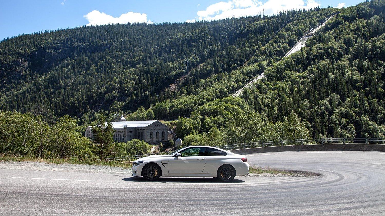 M4 CS er kanskje den mest spennende bilen vi har kjørt noen gang. Men det absolutt ikke alt den takler like godt.