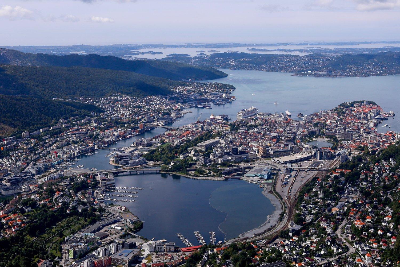 VESTLANDET: Utsikt over Bergen fra Ulriken. Oversiktsbilde.
