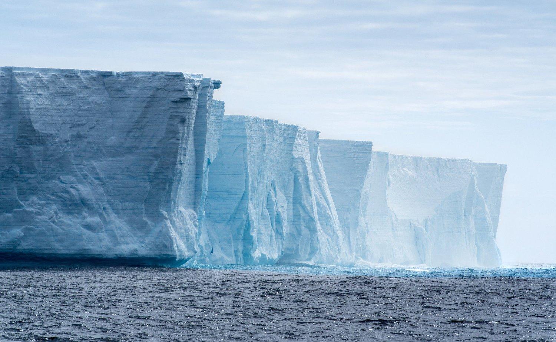 758a47d4 ENORME ISMASSER: Landisen på Grønland og Sydpolen dekker en tiendedel av  jordens overflate. Dersom