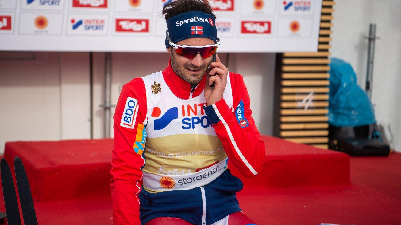 TAKKER FAMILIEN: Hans Christer Holund snakket med faren sin på telefon rett etter målgang.