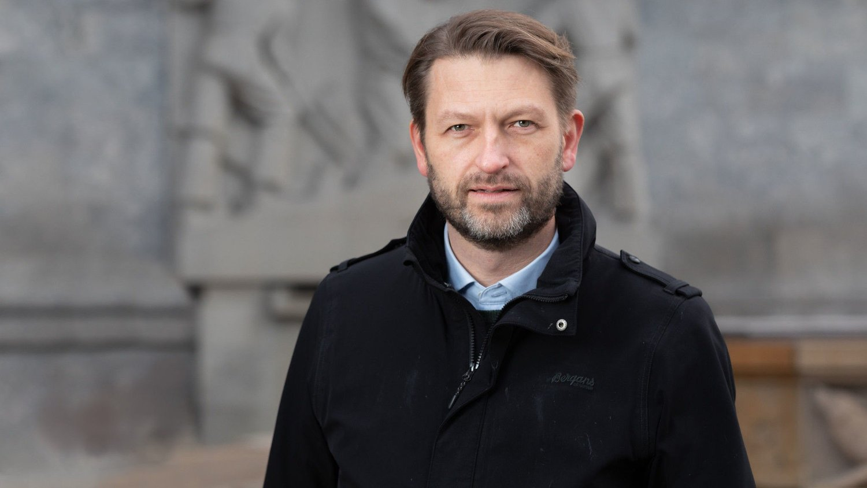 Eirik Lae Solberg erHøyres byrådslederkandidat i Oslo.