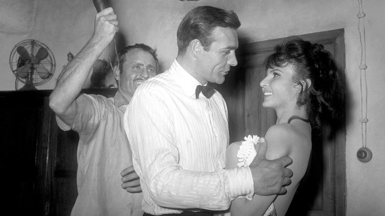 DØD: Mandag ble det kjent at James Bond-piken Nadja Regin er gått bort. Hun medvirket i to James Bond-filmer.