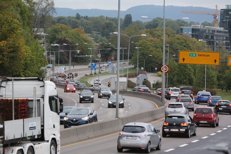 MANGE MILLIARDER: Bilister har siden 1990 punget ut med over 42 milliarder gjennom bomringene i Oslo og Akershus