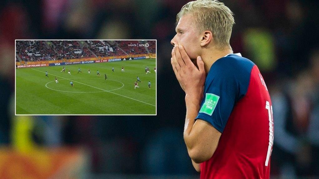 SÅ NÆR: Erling Braut Haaland ristet på hodet da han fikk se hvor mye som skilte onside og offside på sin egen annullerte scoring.