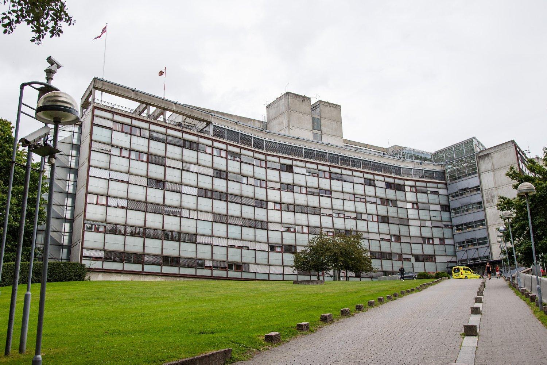 Anklagene om grov korrupsjon etterforskes av politiet i Oslo. Det er seksjon for miljø og spesialetterforskning som har ansvaret for saken.