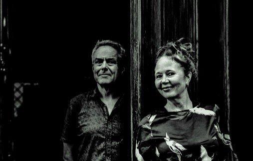 Nils Henrik Asheim og Ruth Wilhelmine Meyer har vært på tur og tar oss heldigvis med.