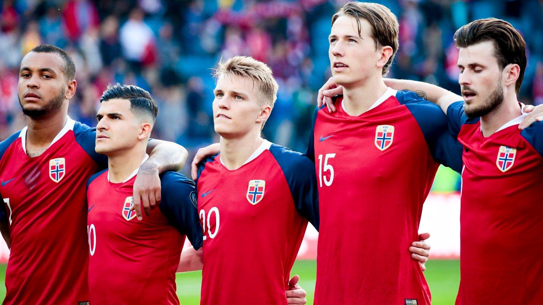 KAN FÅ HJELP: Norges beste menn er ikke best på innkast. Nå kan Joshua King, Tarik Elyounoussi, Martin Ødegaard, Sander Berge og Håvard Nordtveit få hjelp fra uventet hold.
