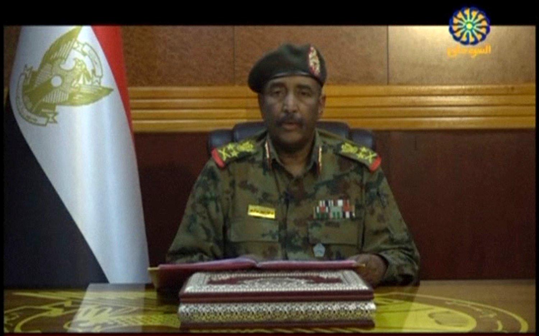 Militærjuntaen i Sudan, som ledes av general Abdel-Fattah Burhan (bildet), hevder å ha pågrepet flere soldater som anklages for drap på sivile demonstranter. Foto: AP / NTB scanpix