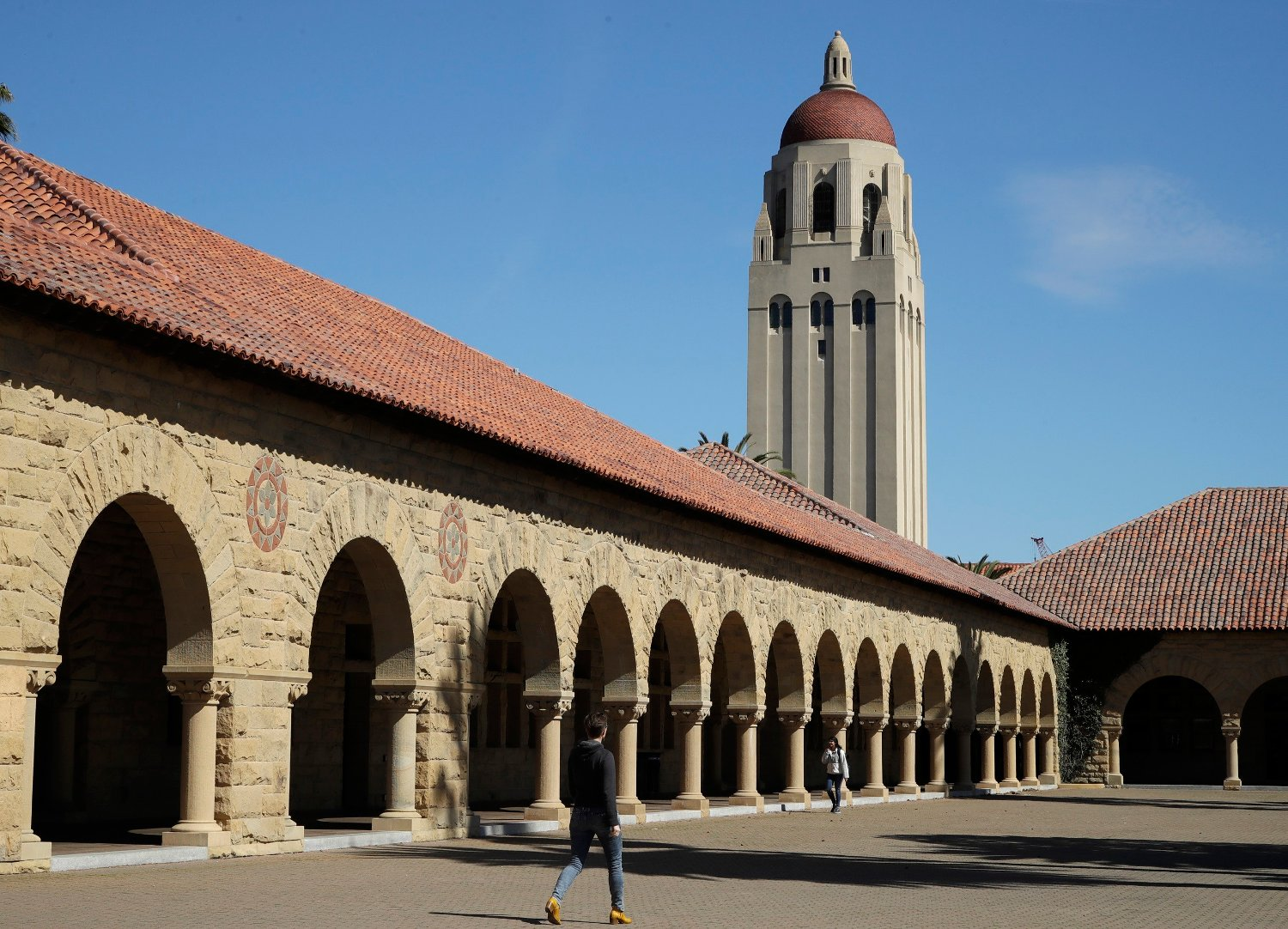 Hoover Tower ved det velrenommerte universitetet Stanford i California. Illustrasjonsfoto: Ben Margot / AP / NTB scanpix