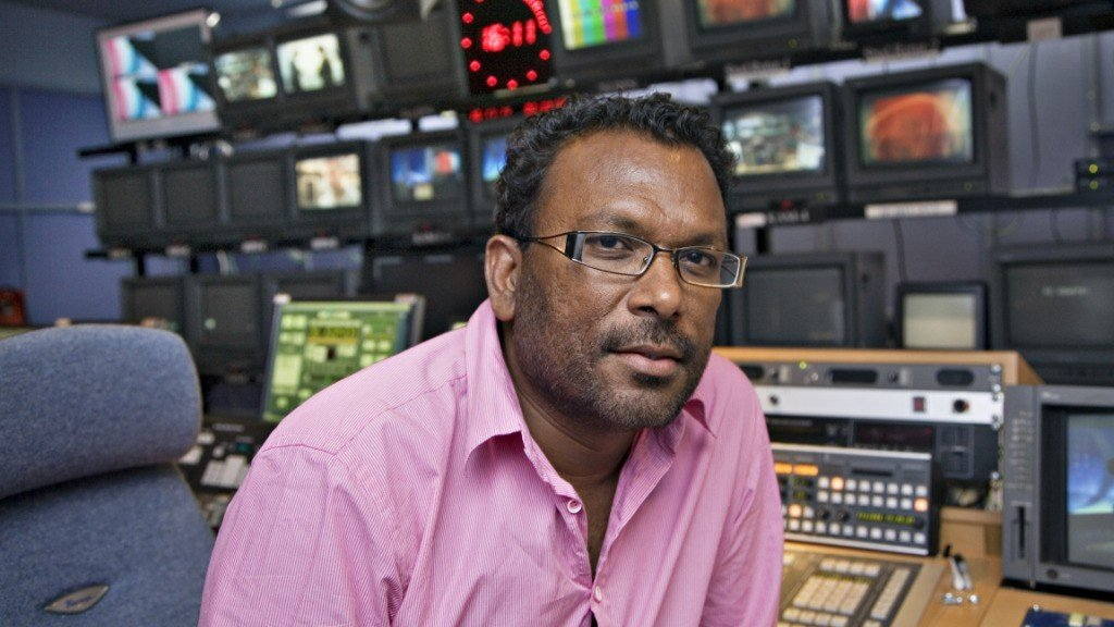 Sidan 1997 har Migrapolis, som nå er både et TV- og radiomagasin, hatt sendinger med fokus på det flerkulturelle Norge. Her programleder Rajan Chelliah - en av flere flerkulturelle reportere i programmet.