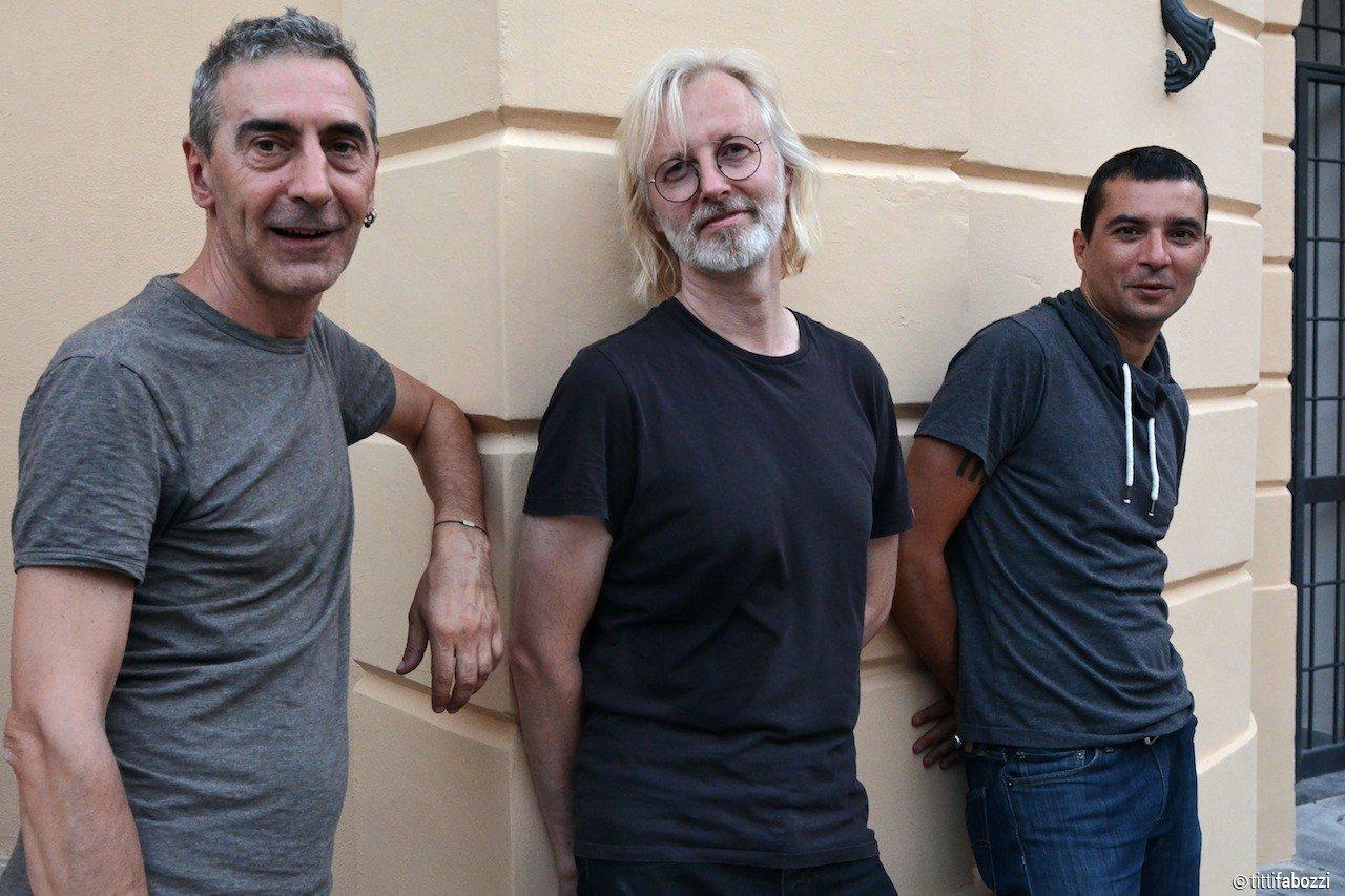 Gianluca Petrella, Eivind Aarset og Michele Rabbia serverer noe helt eget.