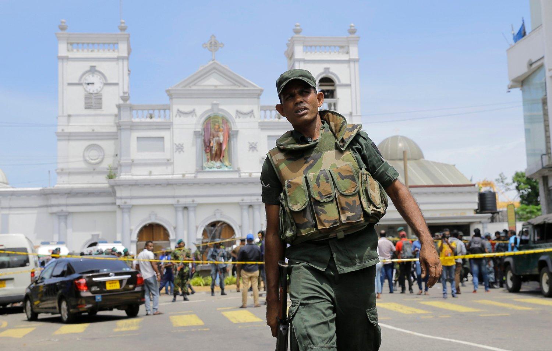 Norsk Utenrikspolitisk Institutt (NUPI) leverer forskningsbasert kunnskap om komplekse internasjonale spørsmål i en stadig mer uforutsigbar verden. Her fra Sri Lanka, hvor mer enn 200 personer ble drept da koordinerte bombeangrep rammet luksushoteller og kirker på Sri Lanka første påskedag i år. Foto: Eranga Jayawardena / AP / NTB scanpix