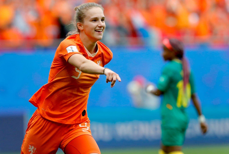 ET ARSENAL ALEINE: Vivianne Miedema har en utrolig statistikk å vise til på landslaget, selv om hun ennå ikke er fylt 23 år.