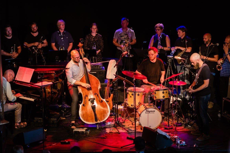 Scheen Jazzorkester med Thomas Johanssons musikk er noe helt nytt - igjen.