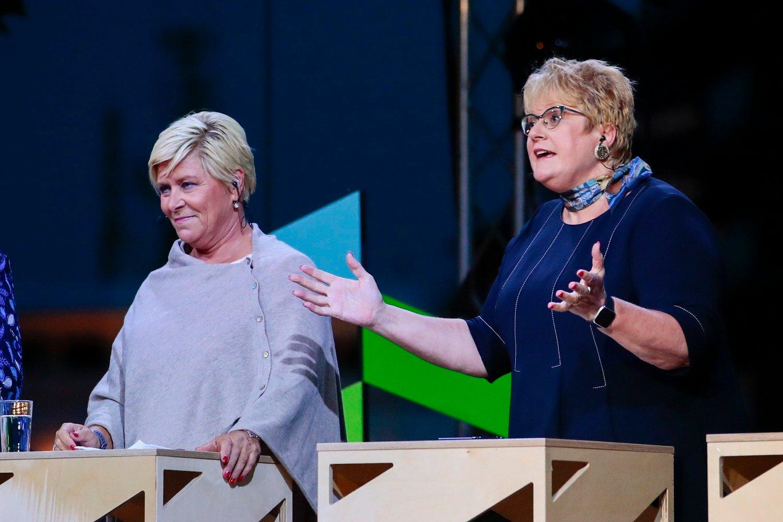 DÅRLIG MÅLING:Siv Jensen (Frp) og Trine Skei Grande (V) under partilederdebatten fra Arendalsuka mandag kveld. I en fersk måling for NRK kommer deres partier dårlig ut.
