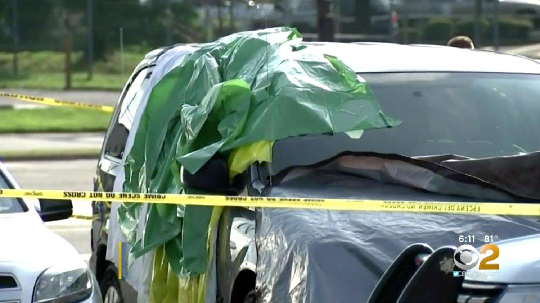 ÅSTED: Det var i denne bilen den 22 måneder gamle jenta skal ha blitt funnet død.