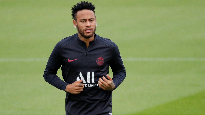 BLIR?: Franske L'Équipe melder at Neymar kan bli værende i den franske hovedstaden.