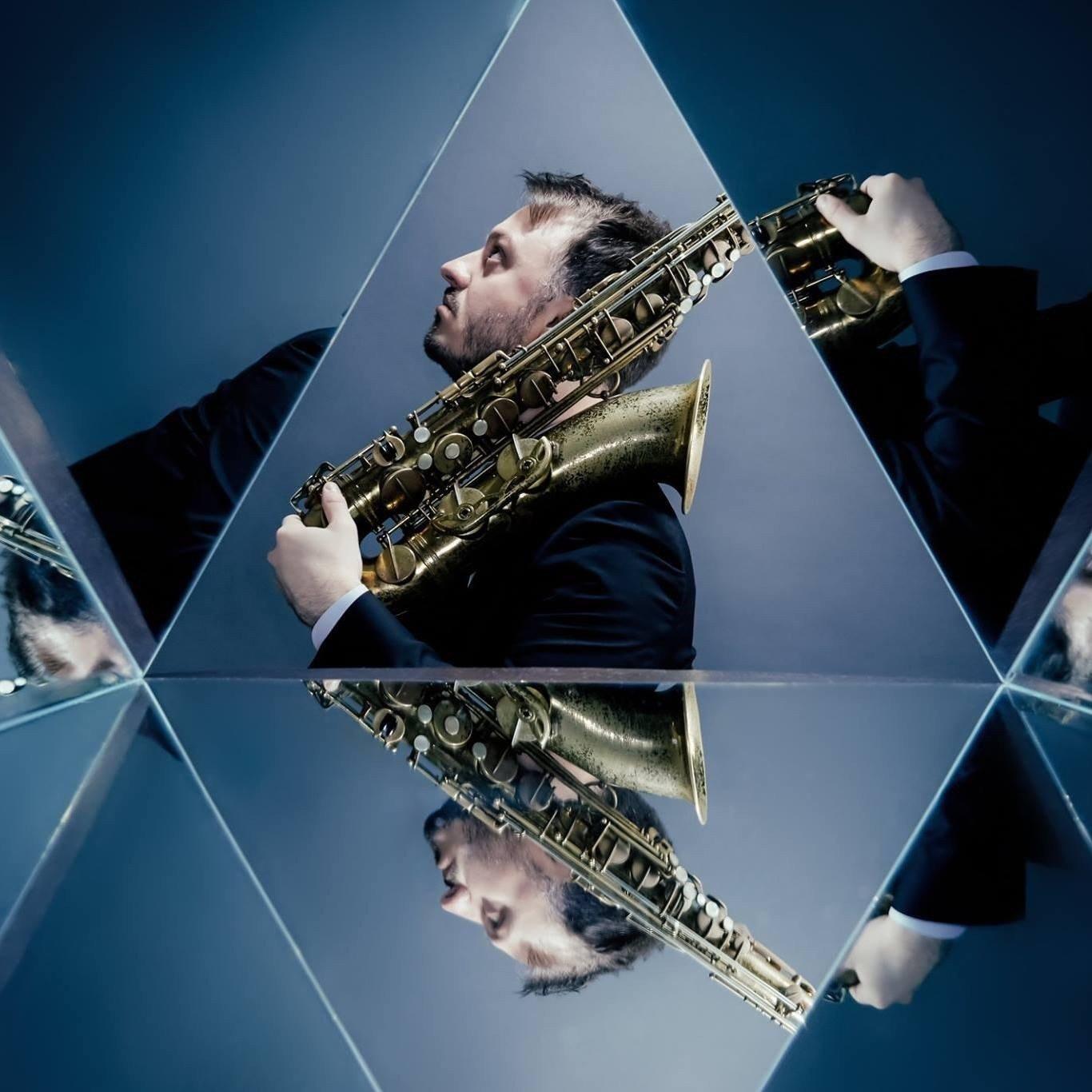 Paul Jones er en amerikansk saksofonist og komponist med noe eget å melde.