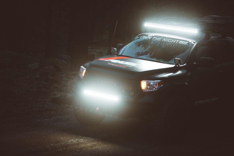 Høsten er her, og nå er det på tide å gjøre bilen klar for den mørke årstiden.