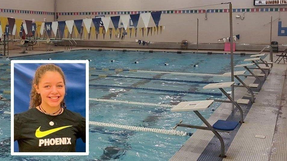 17 år gamle Breckynn Willis ble fratatt seieren i et svømmestevne fordi svømmedrakten hennes viste for mye hud.