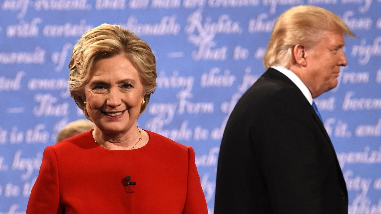Tidligere utenriksminister, senator og førstedame Hillary Clinton under en av presidentdebattene med Donald Trump i 2016.
