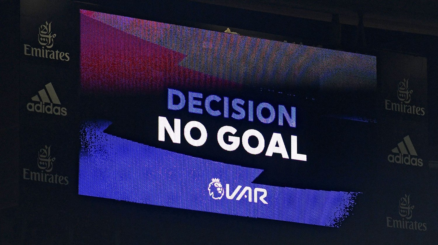 The scoreboard displays the VAR / RESTRICTED TO EDITORIAL USE. No use with unauthorized audio, video, data, fixture lists, club/league logos or 'live' services. Online in-match use limited to 120 images. An additional 40 images may be used in extra time. No video emulation. Social media in-match use limited to 120 images. An additional 40 images may be used in extra time. No use in betting publications, games or single club/league/player publications. /