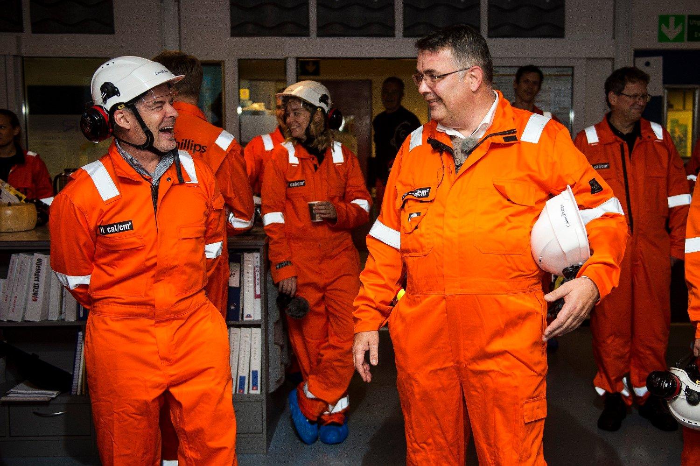 Olje- og energiminister Kjell-Børge Freiberg på oljeplattform.