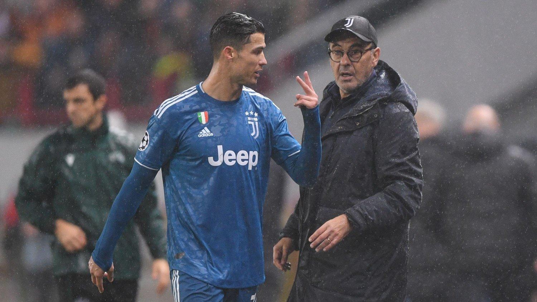 DÅRLIG STEMNING: Cristiano Ronaldo skal være lite fornøyd med behandlingen han får av Maurizio Sarri.