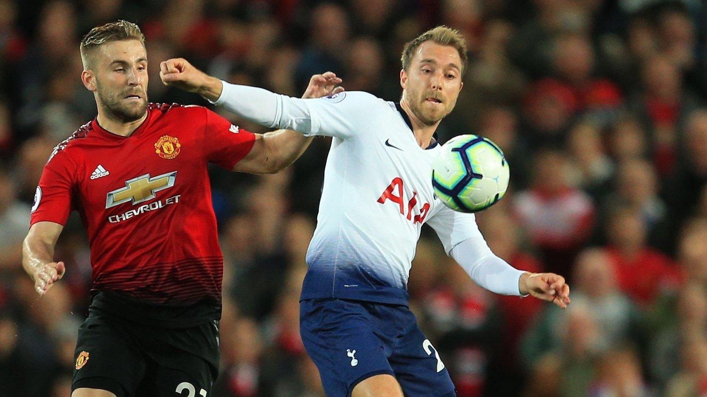 I DUELL: Manchester Uniteds Luke Shaw og Tottenhams Christian Eriksen.