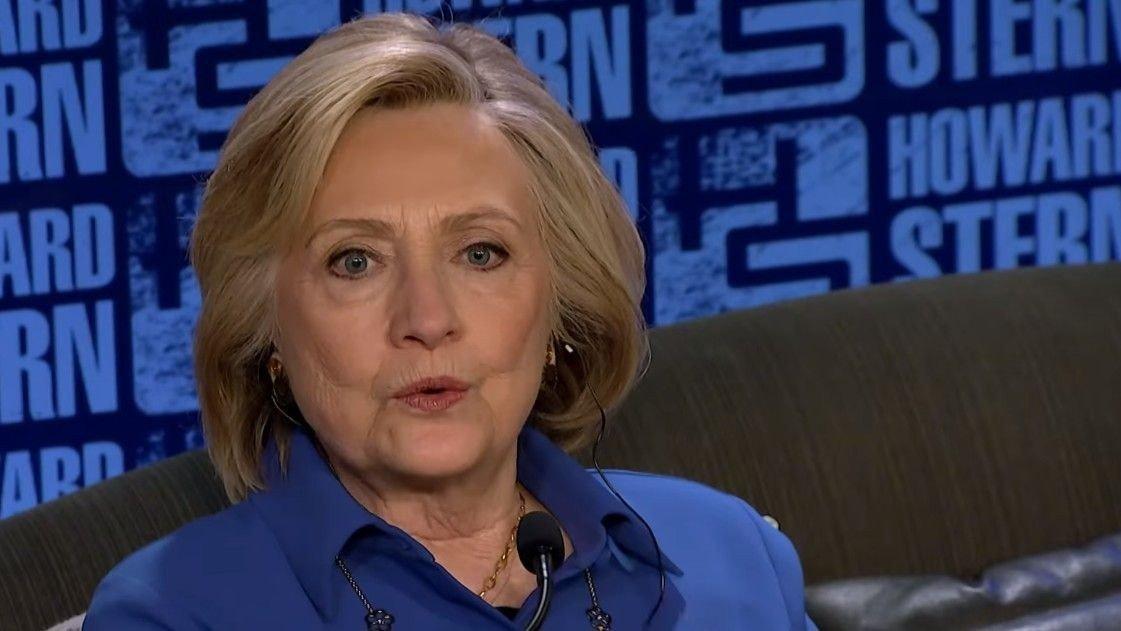 Både før og i forbindelse med valgkampen i 2016 gikk det rykter om at Hillary Clinton var lesbisk.