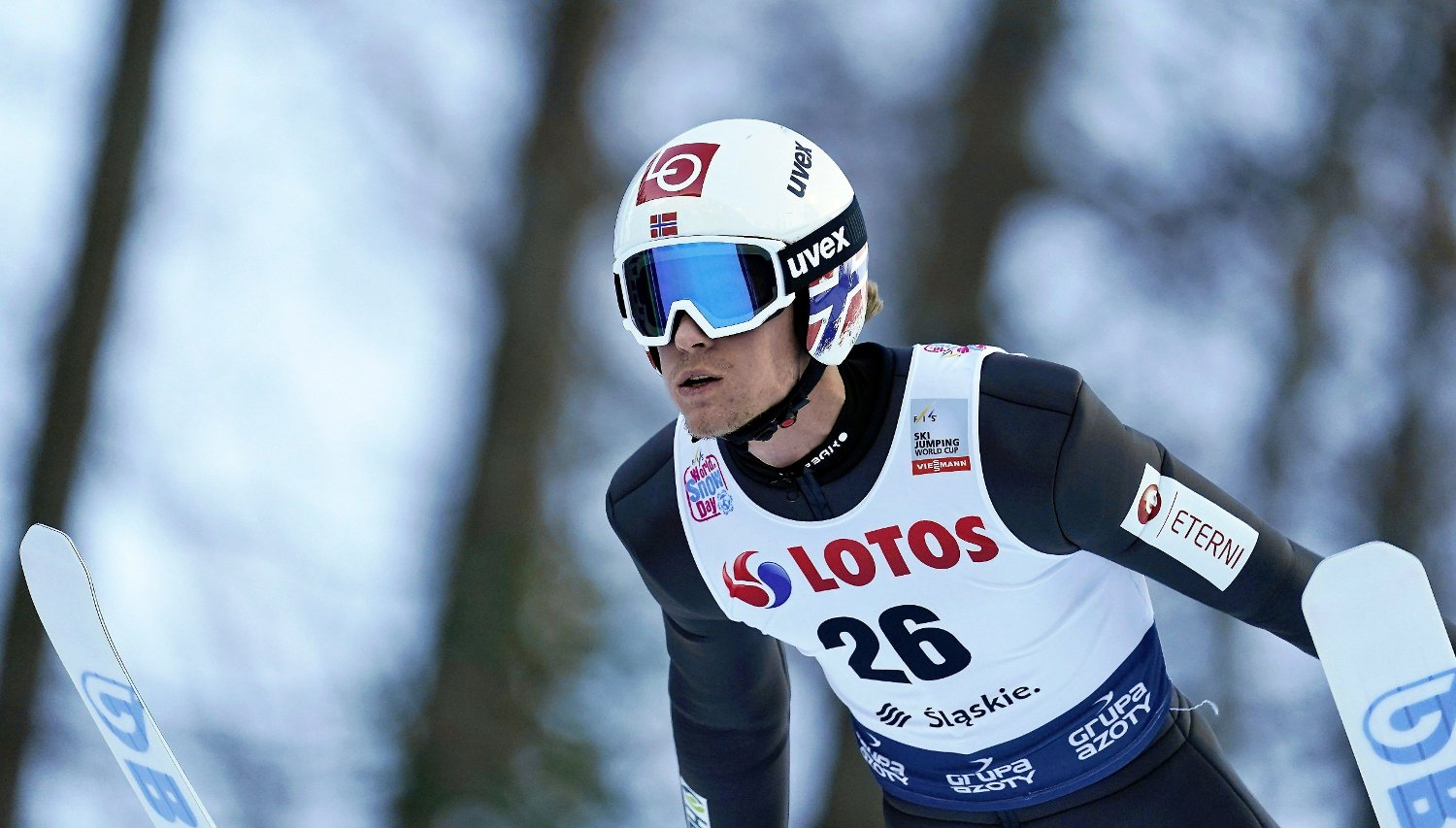 Ski Jumping - FIS Ski Jumping World Cup - Wisla, Poland - November 24, 2019 Norway's Daniel Andre Tande in action Agencja Gazeta/Grzegorz Celejewski via REUTERS ATTENTION EDITORS - THIS IMAGE WAS PROVIDED BY A THIRD PARTY. POLAND OUT. NO COMMERCIAL OR EDITORIAL SALES IN POLAND.