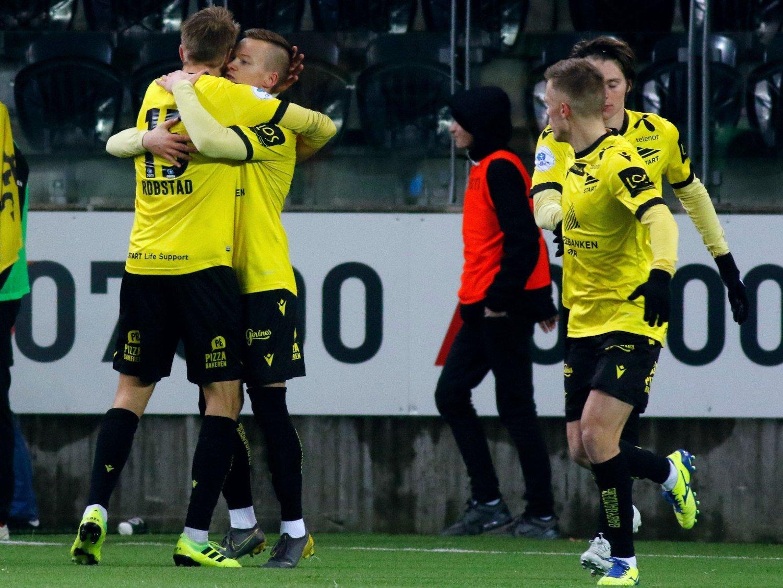 MÅLDOBBEL: Starts Aron Sigurdarson snudde kvalifiseringskampen til Eliteserien mot Lillestrøm med to scoringer etter pause.