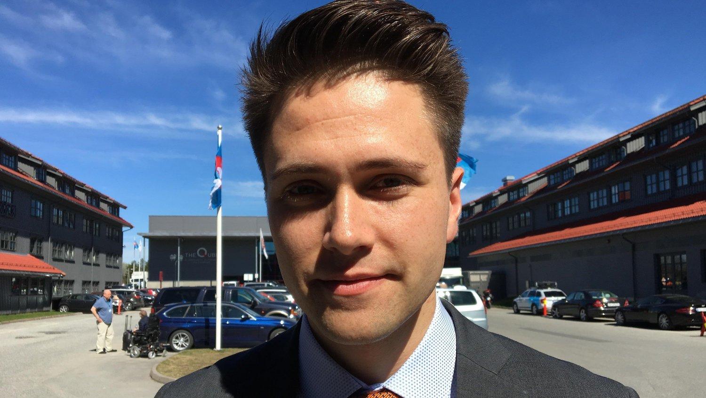 FORNØYD: Leder for Fremskrittspartiets ungdom Bjørn-Kristian Svendsrud.